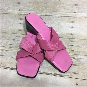 Naturalizer pink sandals size 7.5. Made in Italy